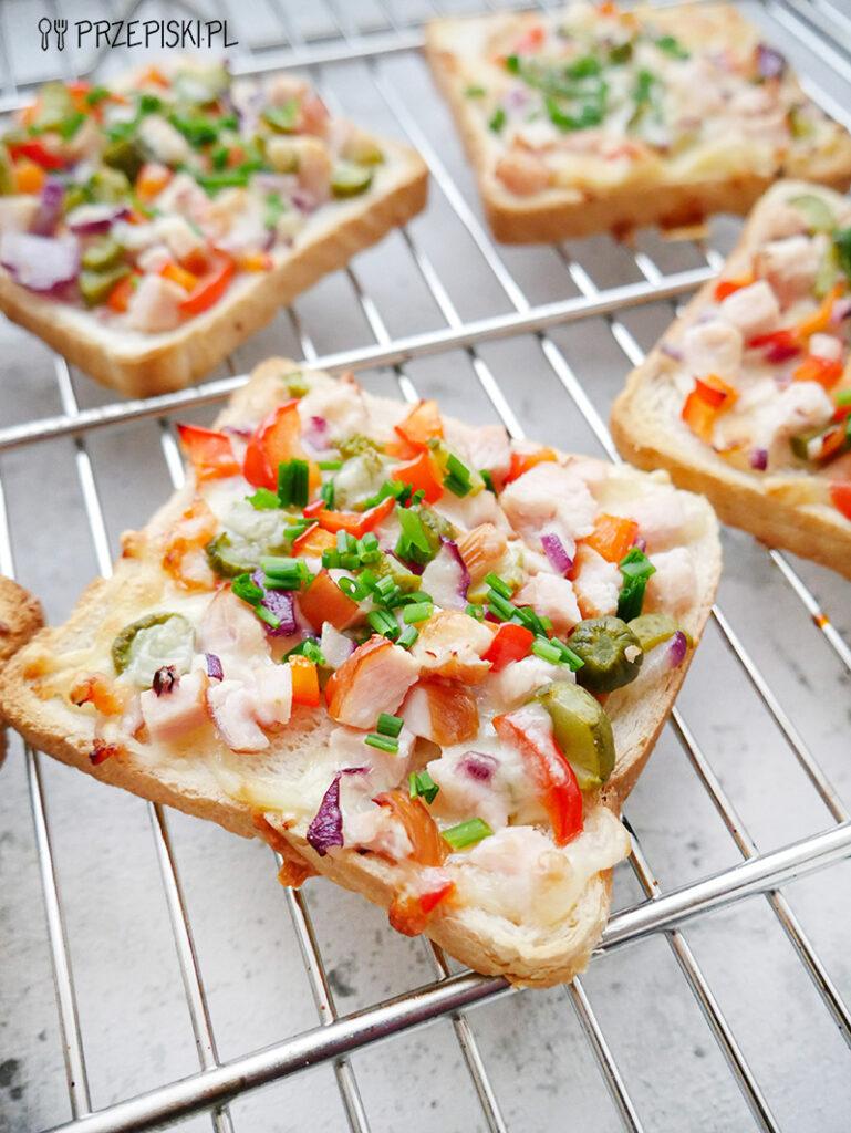 zapiekanki tostowe