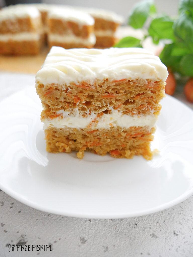 szybki przepis na ciasto marchewkowe